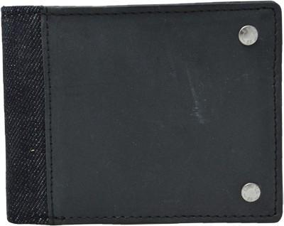 Levi's Men Black Genuine Leather Wallet  (3 Card Slots)