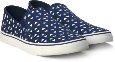 United Colors of Benetton Men's Casuals Flat 75% off