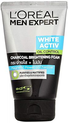 L'Oreal Paris Men Expert White Active Oil Control Charcoal Foam & Charcoal Black Face Scrub, 200 ml (Pack of 2)