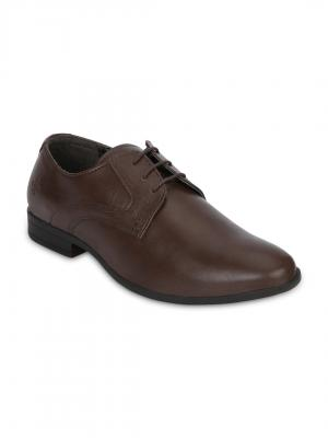 Red Tape Men's Formal Shoes at Flat 80% Off