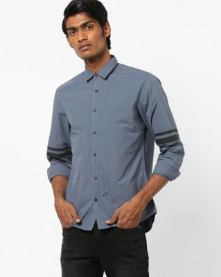 AJIO Slim Fit Shirt with Placement Stripes