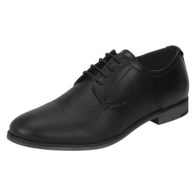 Red Tape shoes @Min.80% Off