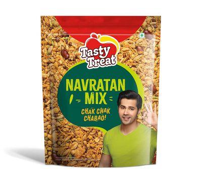 Tasty Treat Namkeen Navratan Mixture, 1kg