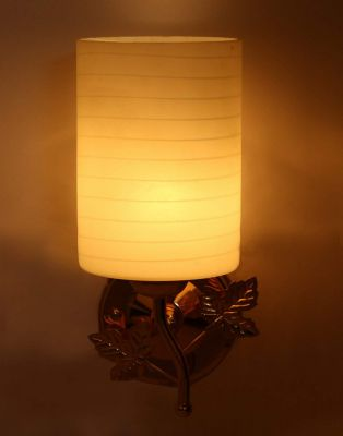Somil Sconce Wall Lamp with Metal Fitting and Decorative Colorful Glass Shade