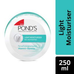 Pond's Light Moisturiser (250ml)