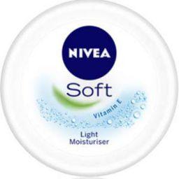 NIVEA Soft Light Moisturiser With Vitamin E, 100ml