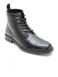 Red TapeMen Black Solid Leather High-Top Flat Boots
