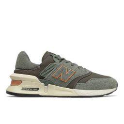 new balance Men's 997 Sport Green Running Shoe (MS997LOF)