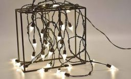 Tu Casa DW-431 - X - Mass Tree Shape String Light - 8 Mtrs - 26 Bulb