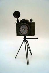 Tucasa Vintage Wall Clock in Metal